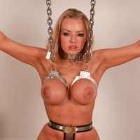 Hannah Claydon on MetalBondage