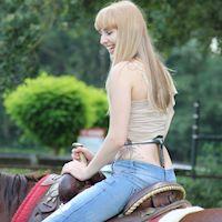 Laura riding