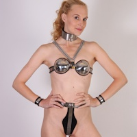 Bonus pictures – Ariel Anderssen in full chastity