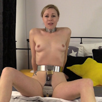 Lucy Lauren – heavy steel belt