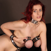 Arabella – locked boobs