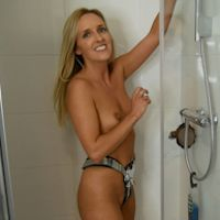 Bex White - showering