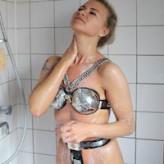 Nikki – showering