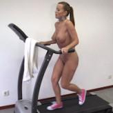 Cindy Dollar – vibrating egg run
